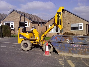 One tonne skip loading dumper